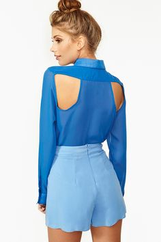 Back Off Blouse in Blue