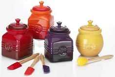 Le Creuset Stoneware 15-Ounce Honey Pot, Dijon