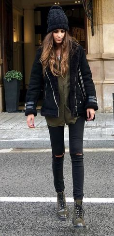 A nicely put together combination of a black shearling jacket and black distressed skinny jeans will set you apart effortlessly. Dress down this getup with army green leather lace-up flat boots. Shop this look on Lookastic: https://lookastic.com/women/looks/shearling-jacket-dress-shirt-skinny-jeans/23490 — Black Knit Beanie — Black Shearling Jacket — Olive Dress Shirt — Black Ripped Skinny Jeans — Olive Leather Lace-up Flat Boots