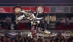 Profit Producciones trae en noviembre el evento deportivo Motocross Freestyle International. Un espectáculo que desafiará la gravedad! Entradas a la venta a partir del martes 6 de agosto