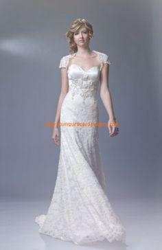 Robe de mariée dentelle avec manches courtes