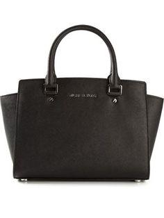 cd1bed8efa41e 58 melhores imagens de Bolsas   Backpack bags, Beige tote bags e ...