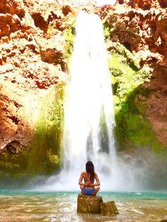 Mooney Falls, the largest of the Havasupai waterfalls.