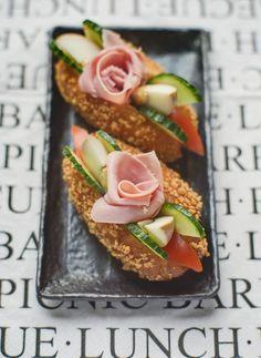 Salad Boat Sandwich (Taiwanese)