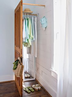 Closet Storage, Bedroom Storage, Ladder Storage, Diy Ladder, Diy Bedroom, Crate Storage, Small Bedrooms, Storage Boxes, Furniture Makeover