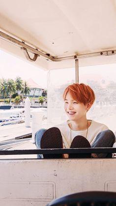 Yoongi and his sweet smile ❤