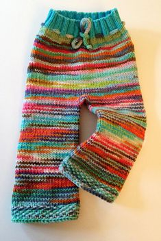 This sample is the results of years of knitting pants for patrons, pals, and household. After I started fabric diapering my daughter Kylie in 2004 it was my love of knitted pants that motivated Cast On Knitting, Circular Knitting Needles, Knitting For Kids, Loom Knitting, Baby Knitting, Crochet Baby, Knit Crochet, Purl Stitch, Knit In The Round