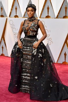 While Janelle Monáe usually wears black and white, her Oscars 2017 dress choice this amazing tulle gown by Elie Saab