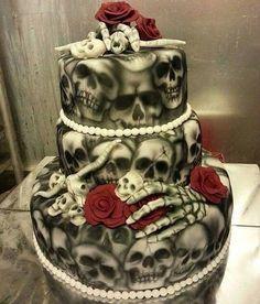Skull wedding cake for the rebel, rocker or biker bride and groom Skull Wedding Cakes, Gothic Wedding Cake, Gothic Cake, Wedding Cakes With Cupcakes, Cupcake Cakes, Skull Cakes, Halloween Torte, Bolo Halloween, Halloween Wedding Cakes