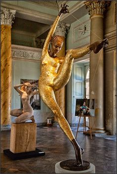 Małgorzata Chodakowska, 1965 | Figurative sculptor | Tutt'Art@ | Pittura * Scultura * Poesia * Musica |