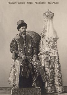 Nicholas and Alexandra wearing their costumes for the 1903 ball at the Winter Palace House Of Romanov, Alexandra Feodorovna, Winter Palace, Tsar Nicholas Ii, Old Photography, Imperial Russia, Royal Jewelry, Pictures To Paint, Emperor