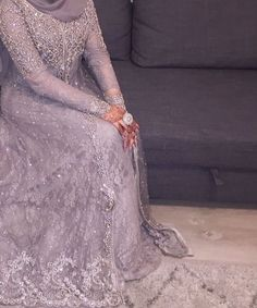 Hijab Evening Dress, Walima Dress, Evening Dresses, Formal Dresses, Bridal Hijab, Bridal Outfits, Bridal Dresses, Pakistani Gowns, Pakistani Wedding Dresses