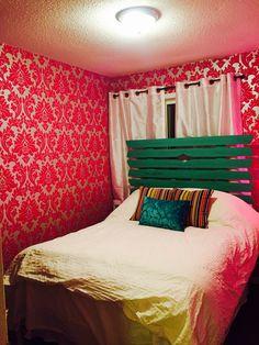 Room Background Pink 6