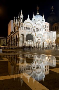 Basilica di San Marco in Venice, Italy, province of Venezia Veneto - Double click on the photo to get a #travel itinerary to #Venice at www.guidora.com