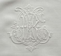 4ca5757c237f Vintage monogram shown at Yesteryear Embroideries Monogramme, Tapisserie,  Broderie Blanche, Dentelle, Draps