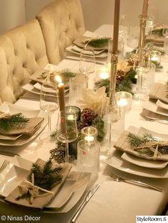 Elegant Christmas, Gold Christmas, Winter Christmas, Xmas, Christmas Table Settings, Christmas Decorations, Table Decorations, Holiday Decor, Diner Decor