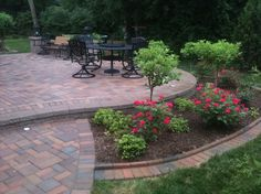 landscaping idea around patio.*