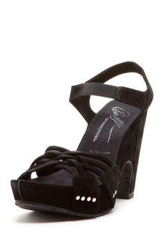 41019af6939f 68 Best Shoeperwoman images