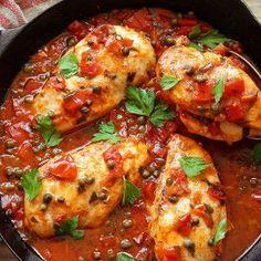 Chicken Carbonara Recipe, Chicken Cacciatore, Romanian Food, Cooking Recipes, Healthy Recipes, Fodmap Recipes, Spinach Stuffed Chicken, Chicken Recipes, Recipe Chicken