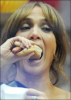JLo eating a hot dog