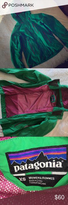 Patagonia Goretex Jacket Green with pink Patagonia Goretex Jacket Patagonia Jackets & Coats