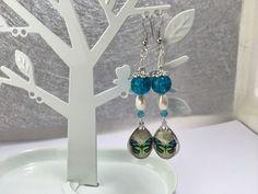 Boucles d'oreille ,turquoise , cabochon papillon   réf 758 de la boutique perlesacoco sur Etsy
