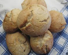 Wine Cookies, Portuguese Recipes, Portuguese Food, Sweet Bread, Main Meals, Cooking Recipes, Cooking Ideas, Deserts, Food And Drink