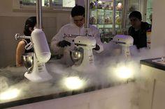 Thai Ice Cream, Ice Cram, Liquid Nitrogen, Geek, Smoke, London, Nice, Furniture, Pies