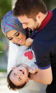 Nikah Explorer - No 1 Muslim matrimonial site for Single Muslim, a matrimonial site trusted by millions of Muslims worldwide. Cute Muslim Couples, Romantic Couples, Cute Couples, Cute Family, Family Goals, Happy Family, Couple Goals, Photo Couple, Couple Shoot