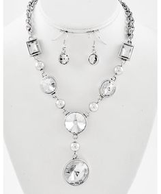 442245 Burnished Silver Tone / Clear Glass / Lead&nickel Compliant / Necklace & Fish Hook Earring Set