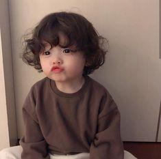 kid child children girl boy baby cute kawaii adorable korean pretty beautiful hot fit japanese asian soft aesthetic 孩 子 g e o r g i a n a : 人 Cute Baby Boy, Cute Little Baby, Little Babies, Cute Boys, Small Baby, Cute Asian Babies, Korean Babies, Asian Kids, Cute Babies