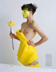 couture-outre-attitude-tim-walker-w-mag-april-2013-05