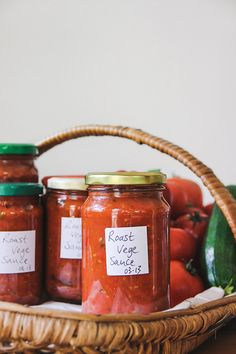 11 tomato recipes to make the most of the summer harvest - thisNZlife Courgette Chutney Recipe, Chutney Recipes, Sauce Recipes, My Recipes, Recipies, Tomato Relish, Tomato Jam, Tomato Chutney, Tomato Tarte Tatin