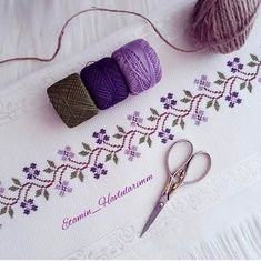 Cross Stitch Art, Cross Stitch Borders, Cross Stitch Designs, Cross Stitching, Cross Stitch Embroidery, Cross Stitch Patterns, Hand Embroidery Videos, Baby Embroidery, Vintage Embroidery