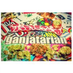 **Ganjatarian/ aka; (SMOKE WEED EVERYDAY)♥