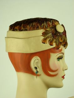 VINTAGE HAT 1960s LEATHER & PHEASANT FEATHER PILLBOX w BUTTON DETAIL, STUNNING!