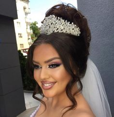 Mac Lipstick Shades, Make Up, Elegant Hairstyles, Crowns, Wedding Gowns, Phone, Hair Styles, Jewelry, Fashion