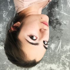 Hi guys!  Im working this week on my portafolio at #Behance Im preparing a lot of work to finally show it up on #December 3rd! so if you want to know more follow me at  http://ift.tt/2tZ0Vc2      #stephanymarlen3 #selfie #pink #upsidedown #down #mexican #artist #vlogger #beuty #photooftheday #human  #art #watercolor #color #water #illustrator #tijuana #mexico