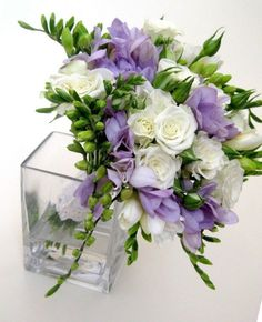 bridal flowers freesias