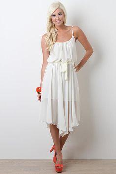 So romantic white dress ♥  du 36 au 40  Prix : 69€ avec kit faux ongles offert Frais inclus  info achat : info@studiosandradesign.com