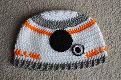 FREE #StarWars BB-8 beanie hat crochet PDF pattern by Lesley Karpiuk (aka GEEKSOAP) #TheForceAwakens #crochet