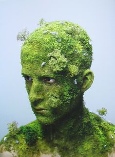 Landscape I © Levi van Veluw Levi van Veluw is a young artist that works on self-portrait. But it does not simply photographs his face or body, he add on h Art Visage, Fotografia Macro, Dutch Artists, No Photoshop, Weird Art, Creative Portraits, Green Man, Eco Green, Lush Green