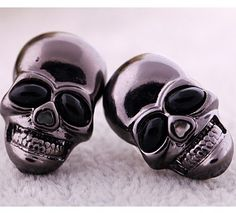 HOT Sale Promotional Retro personality skull earrings DC4E501 $1.00
