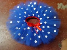 Saia De Tule - Tutu - Ballet - Fantasia - Galinha Pintadinha - R$ 40,00 Baby Frocks Party Wear, Lottie Dottie, Circus Costume, Tutu Costumes, Fiestas Party, Toddler Girl Style, Princess Party, First Birthdays, Alice