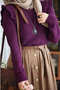 Image about cute in look by blondmonster on We Heart It Modern Hijab Fashion, Modesty Fashion, Abaya Fashion, Muslim Fashion, Fashion Outfits, Hijab Style Dress, Casual Hijab Outfit, Modest Outfits, Skirt Outfits