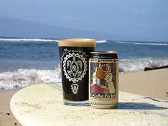 Maui Coconut Porter is a fresh handcrafted robust porter brewed with six varieties of malted barley, hops and hand-toasted coconut. It begins with a malty-toasted coconut aroma followed by a rich, silky feel with tastes of dark malt, chocolate and hints of coffee. It then finishes with flavors of toasted coconut and hoppy spice to balance the finish.