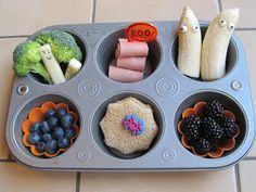 Muffin Tin Monday for the kiddos - LOTS of muffin tin lunch ideas from a homeschool mom.