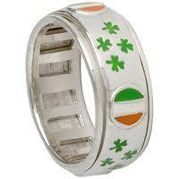 Irish ring Irish Eyes Are Smiling, Irish Rings, Irish Jewelry, Irish Celtic, Luck Of The Irish, Love Ring, Virtual Closet, Scotland, Jewlery