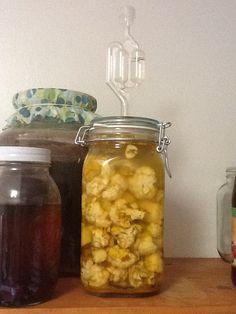 Natural fermentation vs. vinegar pickling