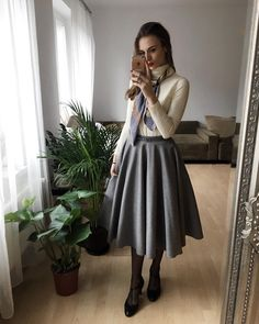 vintage outfits winter classy - vintage-outfits winter nobel vintage outfits winter classy - outfits winter Baddie, Chamarra outfits winter, Going Out outfits winter Jw Fashion, 1940s Fashion, Modest Fashion, Vintage Fashion, Fashion Outfits, Womens Fashion, Classy Fashion, Fashion 2018, Classy Dress